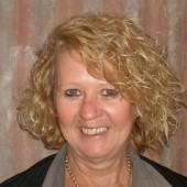 Robyn Cricelli (Custom)